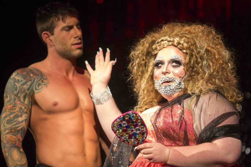 Muncie Civic hosts burlesque show
