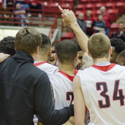 Last-second layup leads Ball State men's basketball past Miami, 48-46