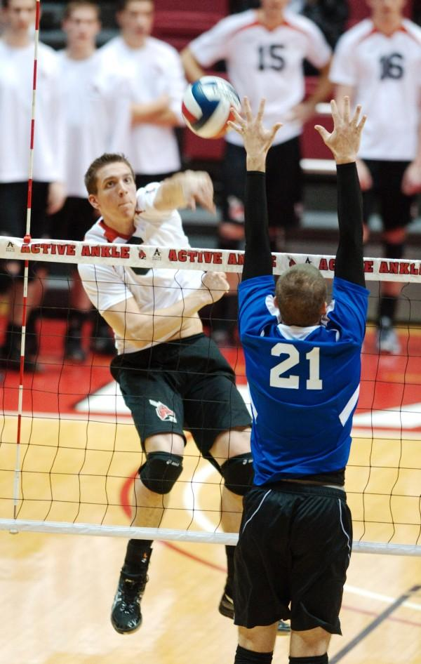 MEN'S VOLLEYBALL: Ball State's rally comes up short