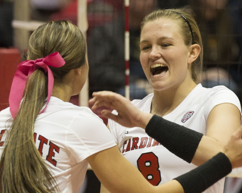 Lindsey leads Ball State women's volleyball in first round victory