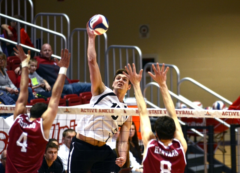 Ball State sweeps Lindenwood, marking 10th straight win