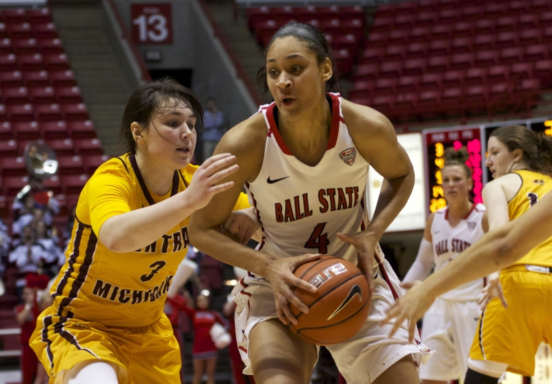 Cardinals beat Iowa, advance in WNIT