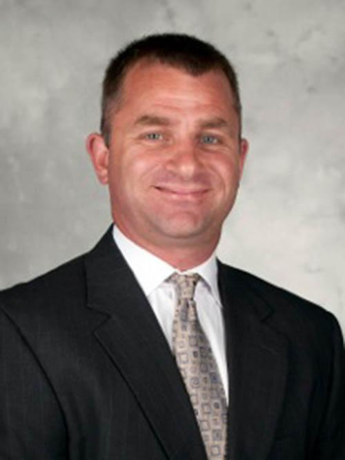 MEN'S BASKETBALL: New coach can increase earnings with incentives