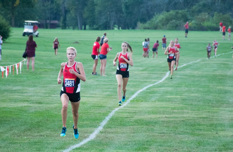 Cross country takes 6 of top 7 spots in Cardinal Duals