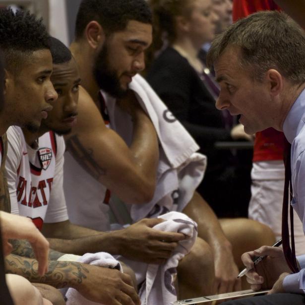 Men's basketball lands first 2017 recruit