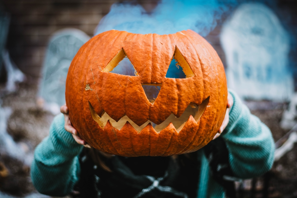 Police Tips to Keep Kids Safe This Halloween