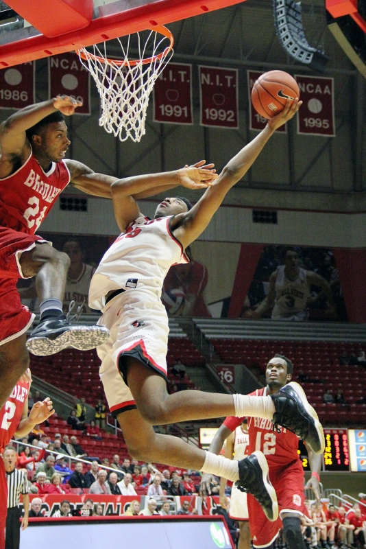 Tahjai Teague key in Ball State men's basketball come back win