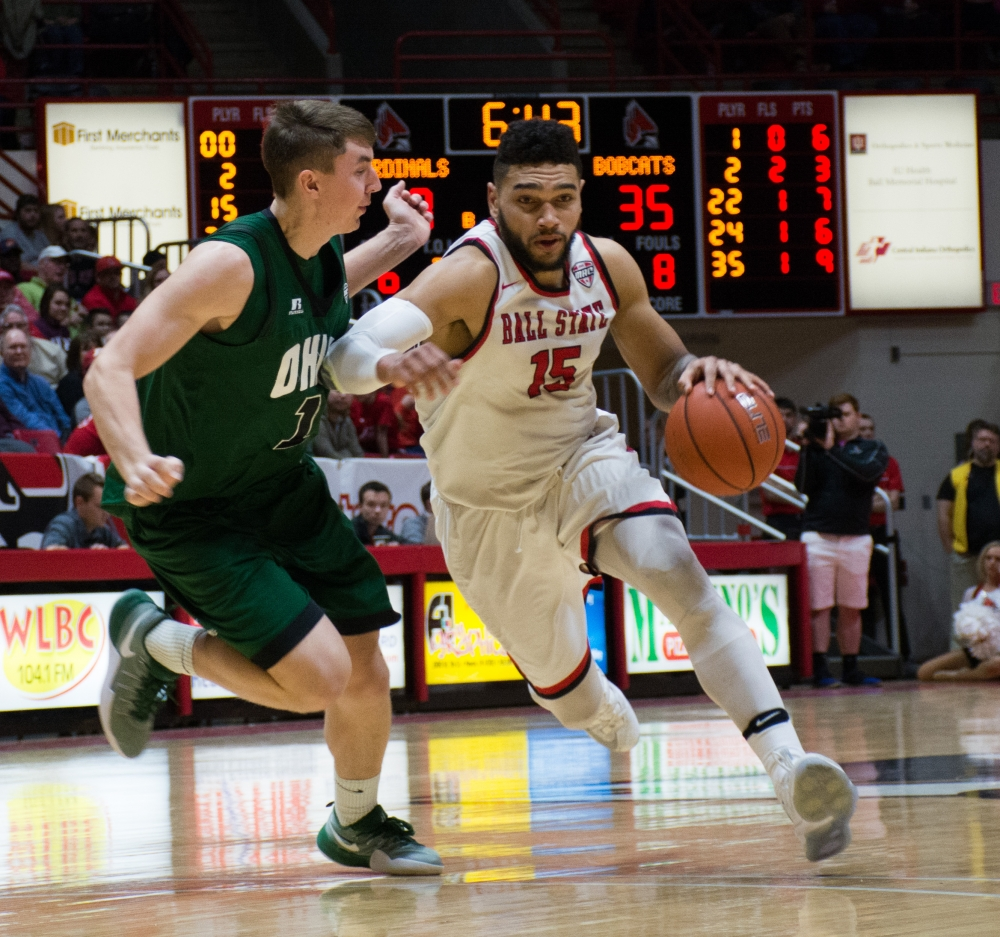 """Complete Stud"": Senior Franko House helps carry Ball State men's basketball on Senior Night"