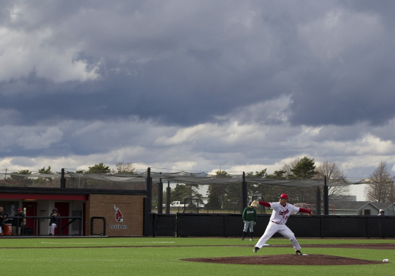 Warm weather allows Ball State baseball, softball to practice outdoors