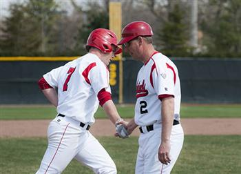 BASEBALL: Walkoff victory fuels Cardinals