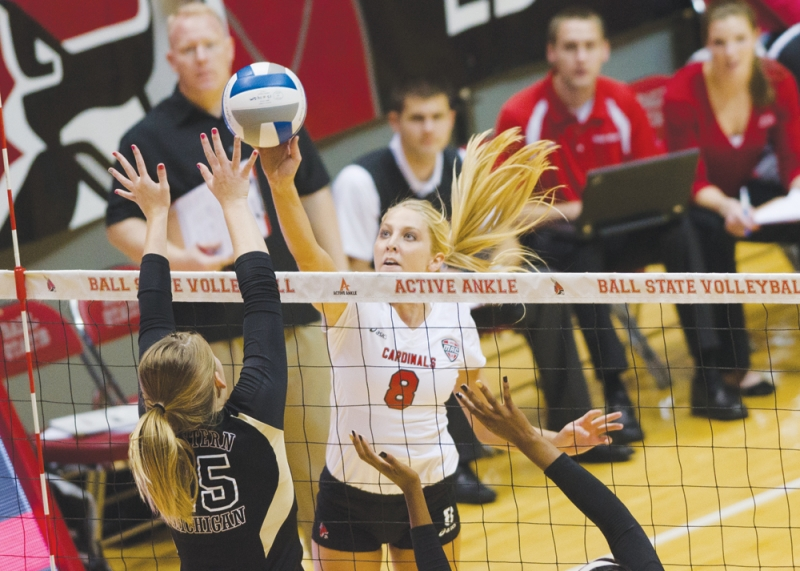 WOMEN'S VOLLEYBALL: Close Ball State wins becoming identity