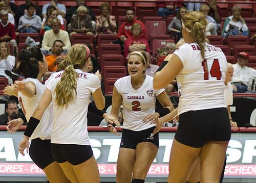 WOMEN'S VOLLEYBALL: Road games challenge Ball State