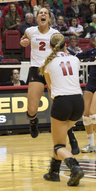 WOMEN'S VOLLEYBALL: Fuelling fights through injury