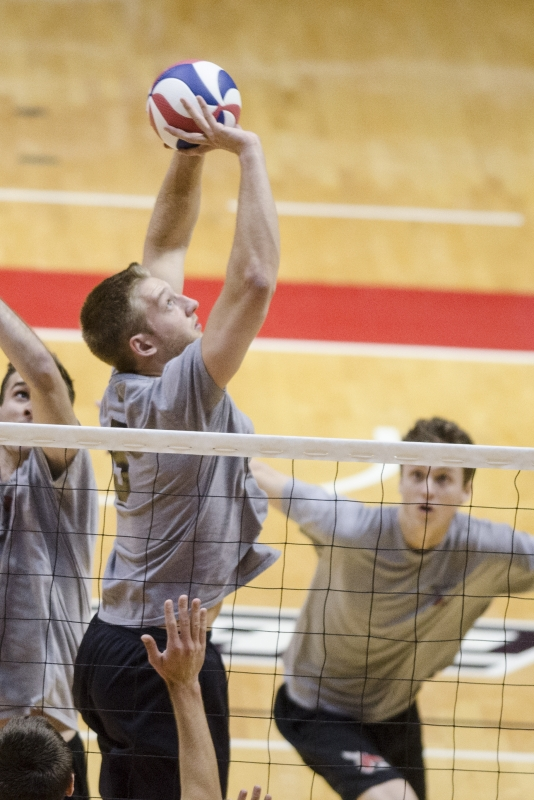 MEN'S VOLLEYBALL: No lack of leadership as season nears