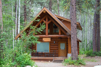 Winthrop Wa Lodging At Howling Wolf Cabin With Central