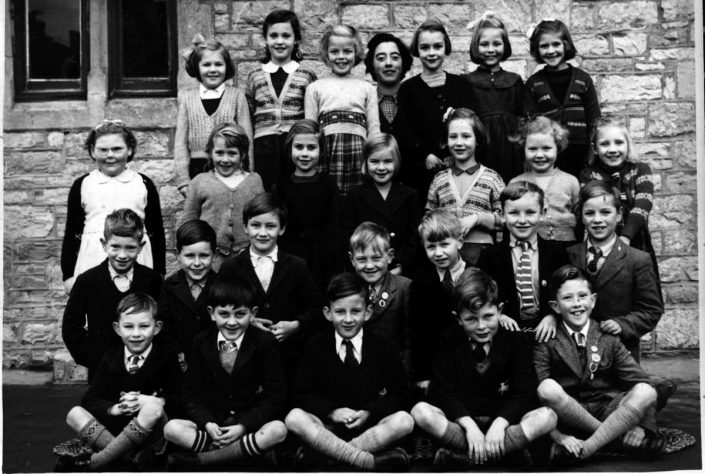 1954 - Miss Smith & School Group, Chudleigh, Devon