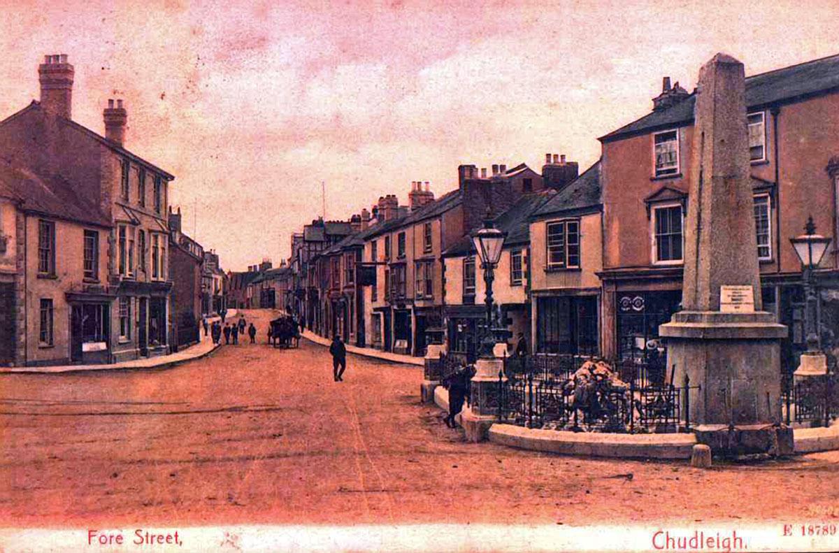 1905 - The Square