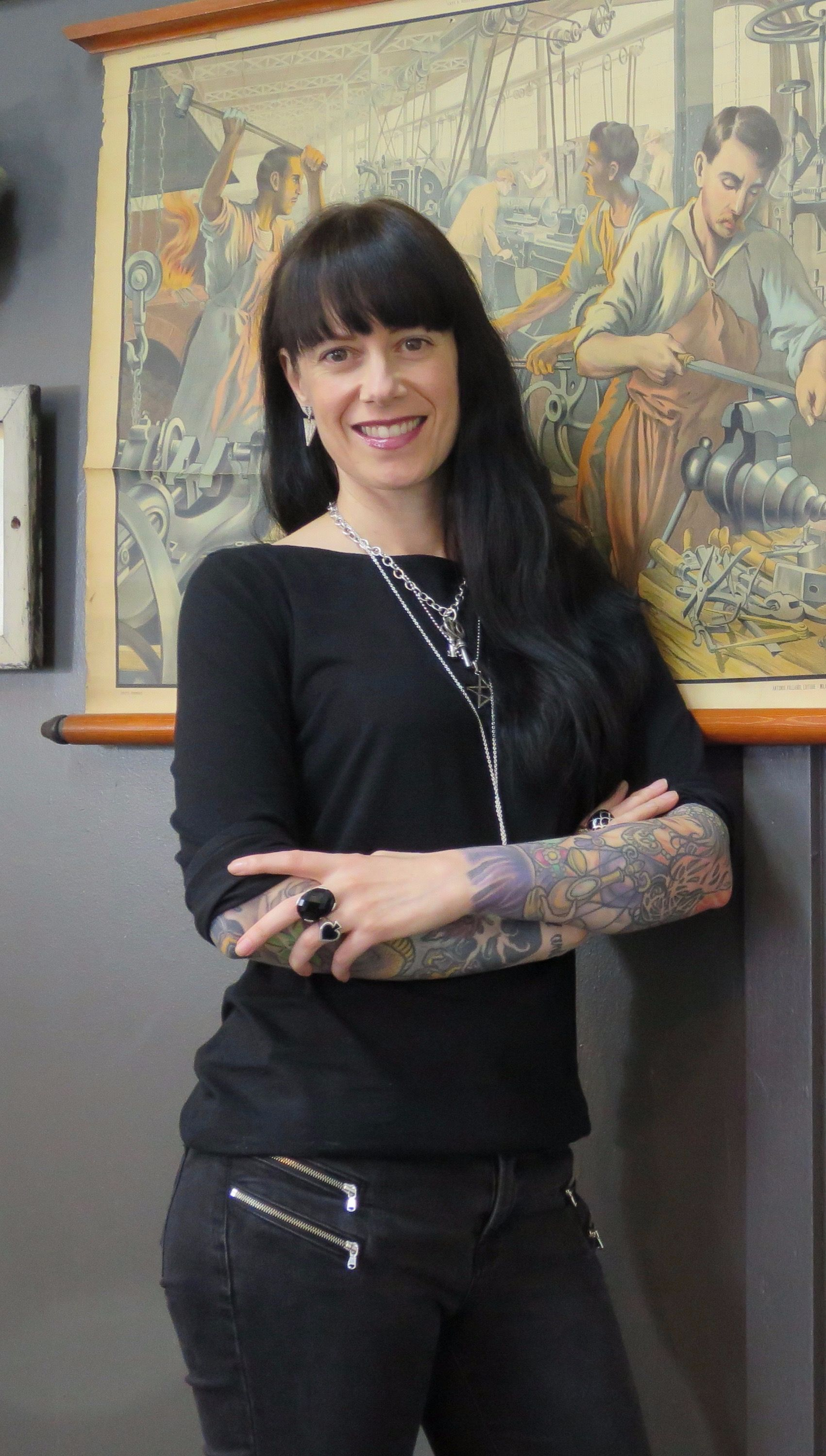 Girls behind the gun 8 best female tattoo artists in los for Tv show with tattooed woman
