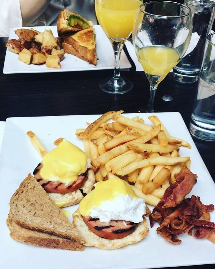 7 Upper East Side Bottomless Brunches on a Budget