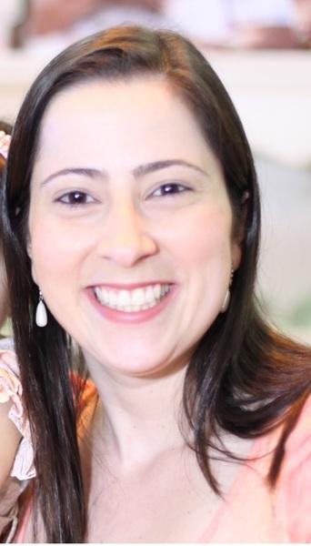 Viviane de Araújo Porto