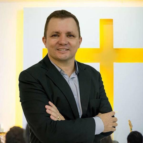 Pr. Ednilson Fernandes de Souza