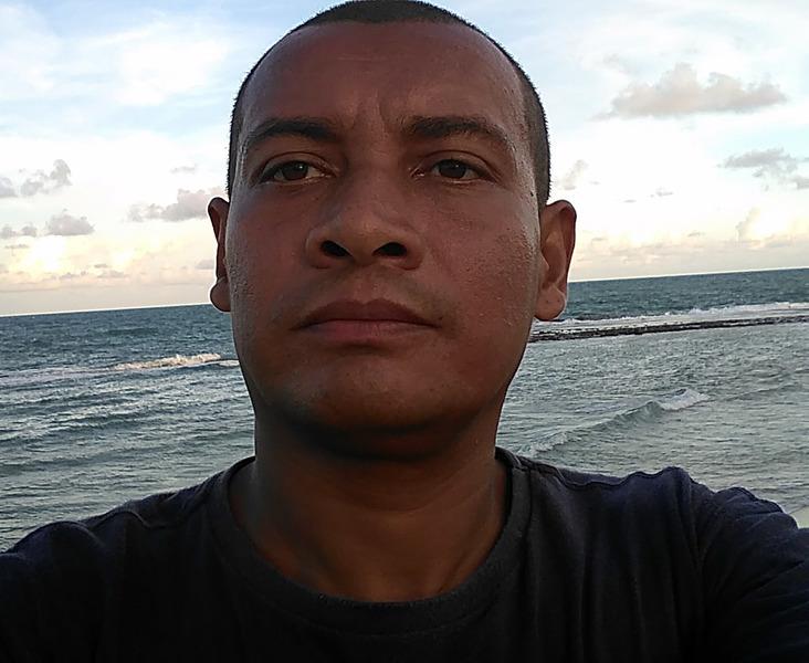 Junior Menezes