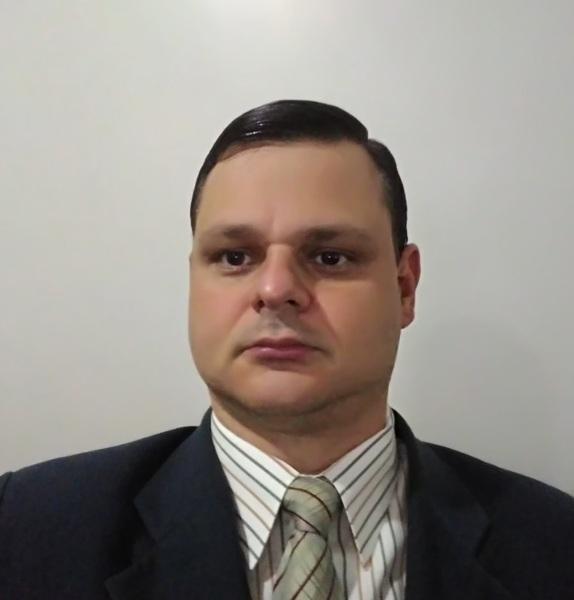 Adriano Fernandes Moreira