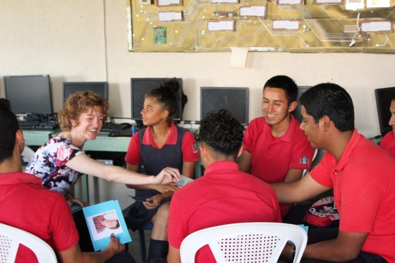 Honduras School Sponsor Program:  Breaking the Chain of Poverty
