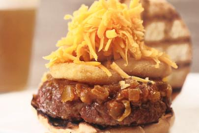 Hambúrguer Bourbon Barbecue com 30% de desconto