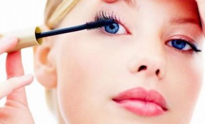 Cupom de 13% de desconto em Produtos de Maquiagem e Cabelos