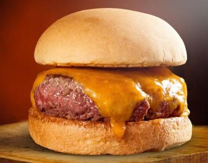 Cheese Burger 200g + Batata Pequena + Refrigerante 300ml + Complementos