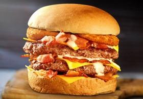 Ultimate Bacon + Batata Grande + Refrigerante Refil + Complementos