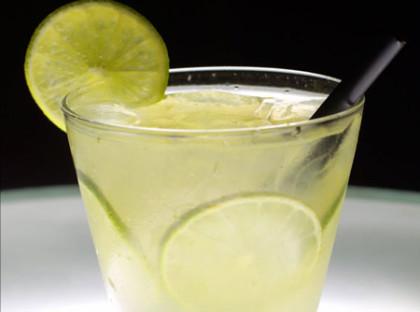 30% OFF: Caipivodka de Limão com Absolut