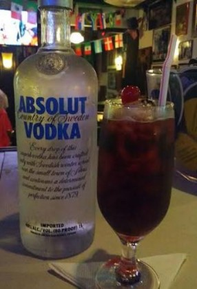 50% OFF: Drink Black Russian com Absolut