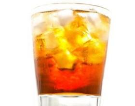 30% OFF: Dose de Vodka Absolut com Energético