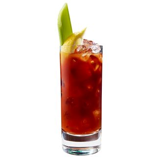 30% OFF: Drink Bloody Mary com Absolut Pepper