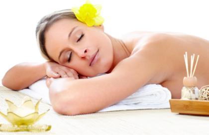Massagem Relaxante + Limpeza de Pele + Esfoliação Corporal