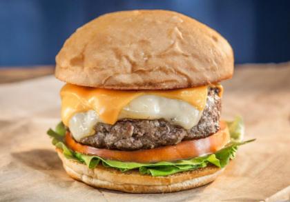 Compre 01 Burger Super 8 e GANHE 01 Basicão por R$24,00