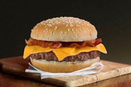 02 deliciosos Cheddar Bacon por apenas R$17,90
