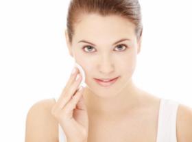 Hidratação Facial com Higienização, Esfoliação, Tonificação, Peeling de Diamante e mais