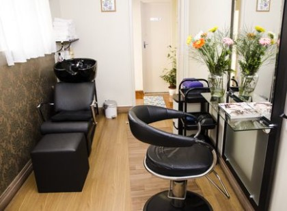 Massagem relaxante + Manicure e pedicure