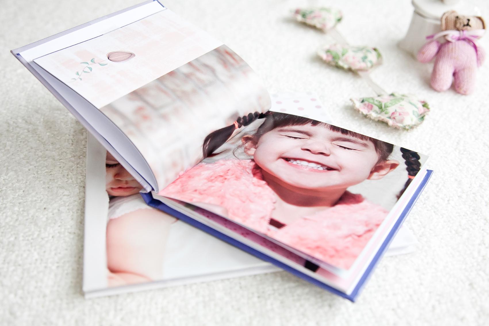 Compre 1 Fotolivro e ganhe uma cópia GRÁTIS para presentear quem você ama!