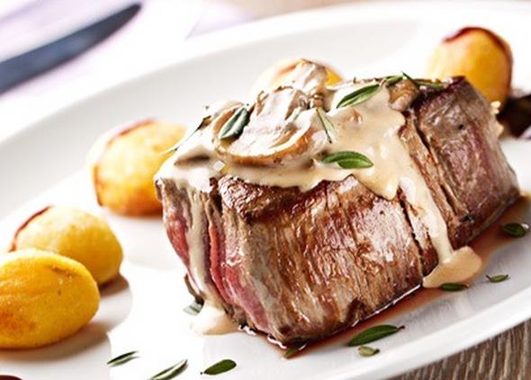 Jantar para casal: 2 Pratos Principais com 58% de desconto!