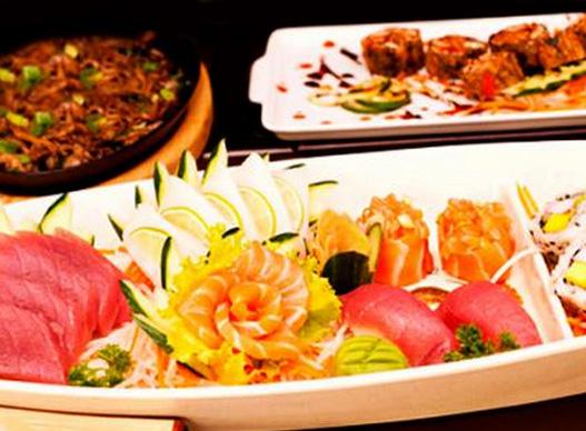 Rodízio Japonês completo + Bebidas + Sobremesas para 2 pessoas!