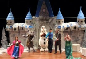 Café da Manhã + Frozen 2 no Teatro
