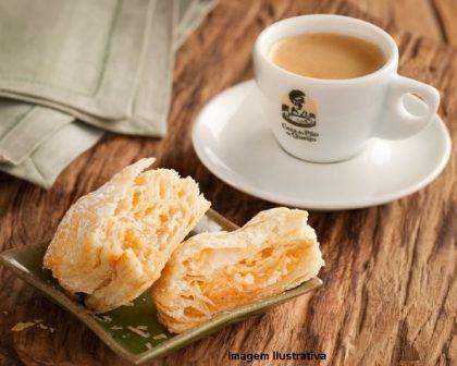 Center 3: Café Espresso + Folhado Doce por apenas R$ 5!
