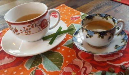 Compre um prato no almoço e GANHE um café coado ou chá de cidreira