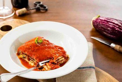 Quinta: Peça o Menu R$ 49,00 (Entrada + Melanzane alla Parmigiana + Sobremesa) e ganhe 1 Café Cannoli