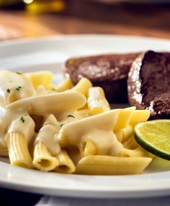 Segunda: Peça o Menu R$ 59,00 (Entrada + Filetti con Penne al Limone + Sobremesa) e ganhe 1 Café Cannoli