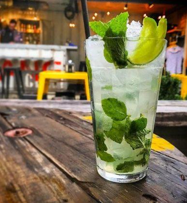 Drinks 2×1: Na compra de qualquer drink, ganhe outro!